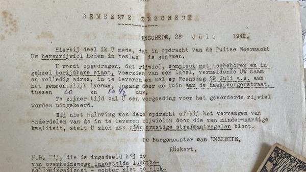 03 519a9f5b19 De brief van de gemeente Enschede aan Theodorus Breukelaar Foto Shayno Numansen