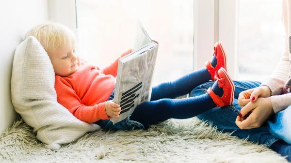 16 f89ad805f9 toddler reading book 1257105