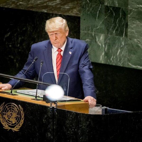 Trump start geen nieuwe partij, hint wel op deelname aan verkiezingen in 2024