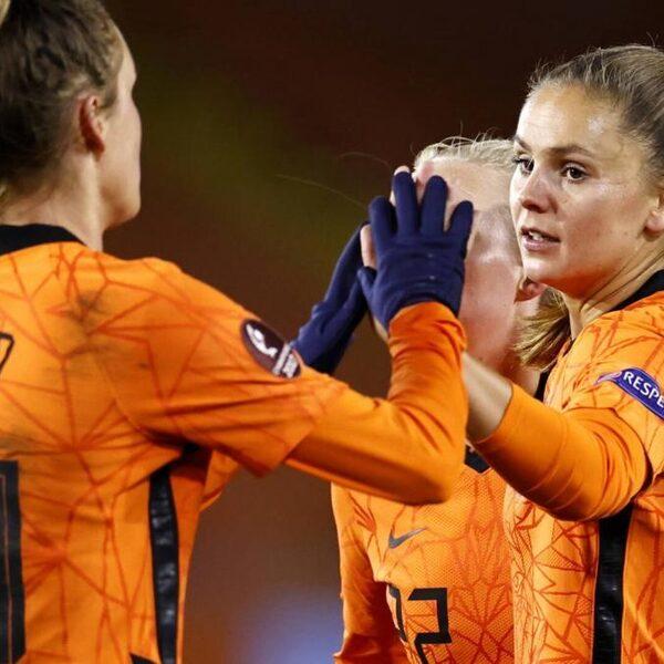 Oranjevrouwen zonder puntenverlies naar EK, Kosovo met 6-0 verslagen
