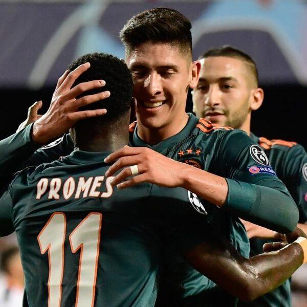 Effectief Ajax vernedert Valencia in Mestalla: 0-3