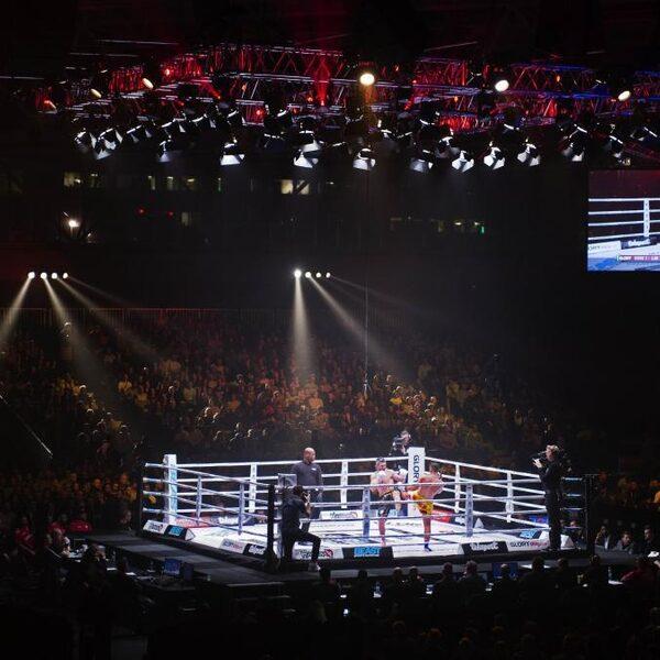 Kickbokser Tavares is al wereldkampioen, maar hoopt in de voetsporen van Hari en Verhoeven te treden