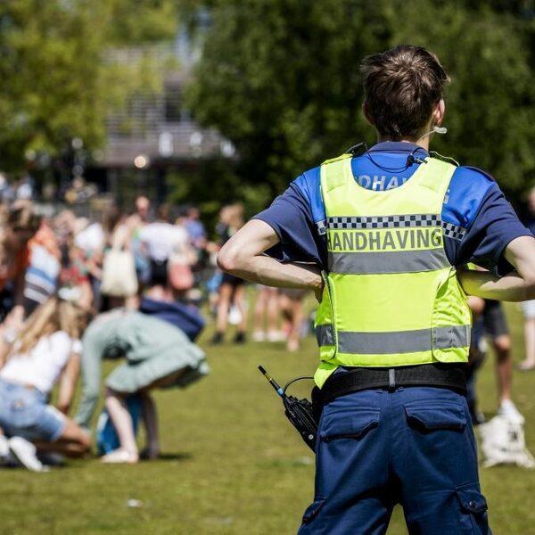 Podcast De Dag: BOA's: versoepelde coronaregels niet te handhaven