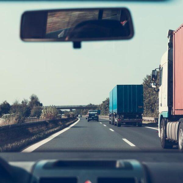 Truckers in coronatijd: 'Kan zijn dat je drie dagen niet aan water komt'