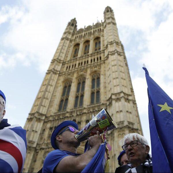Brexit: 'Alsof de EU uit Groot-Brittannië stapt'