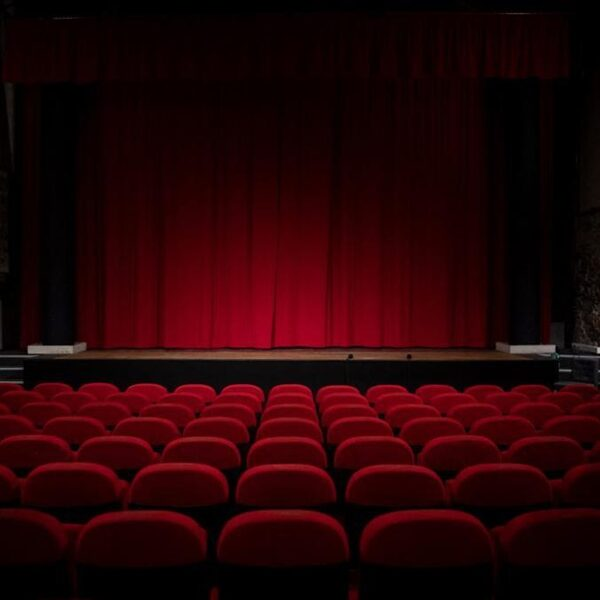 Kunststof tipt: online voorstellingen