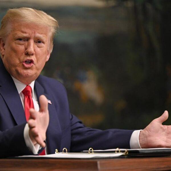 Podcast De Dag: de woeste aftocht van president Trump