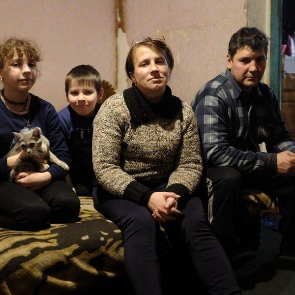 Hoe de coronacrisis in Oekraïne de armen nóg armer maakt