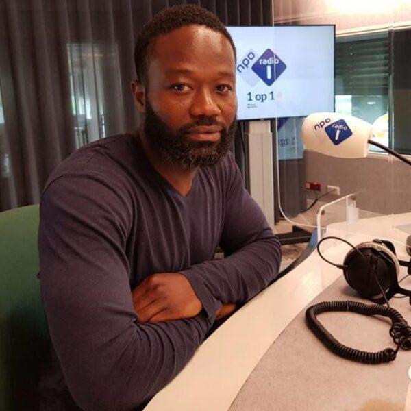 Activist Afriyie: Gezondheidsrisico bewust genomen voor het andere virus: racisme