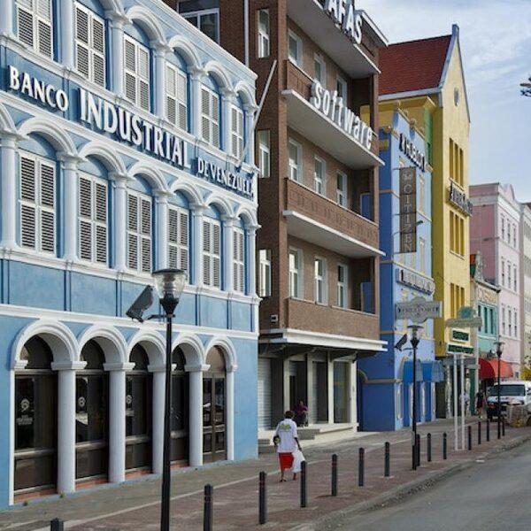 Na nieuw reisadvies nemen boekingen naar Nederlandse Antillen toe