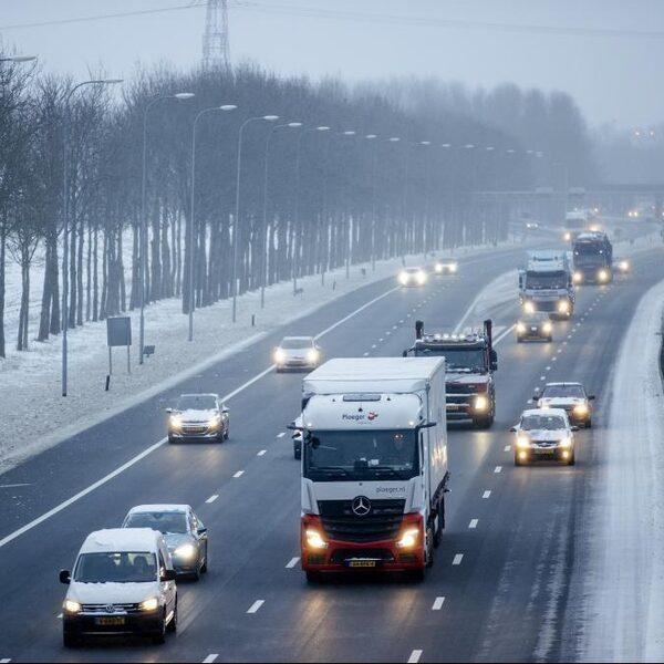 Vervoerseconoom: 'Minder asfalt, meer sturen op gedrag'