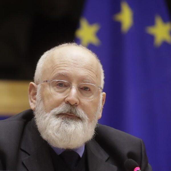 Stand.nl: De Europese Commissie moet lidstaten sancties kunnen opleggen als ze de klimaatwet aan hun laars lappen