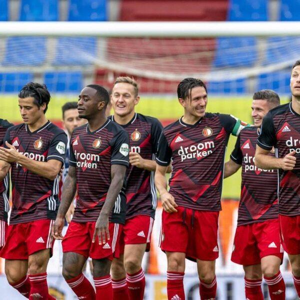 NOS Voetbalpodcast #116: 'Als Feyenoord heel blijft, zijn ze titelkandidaat'