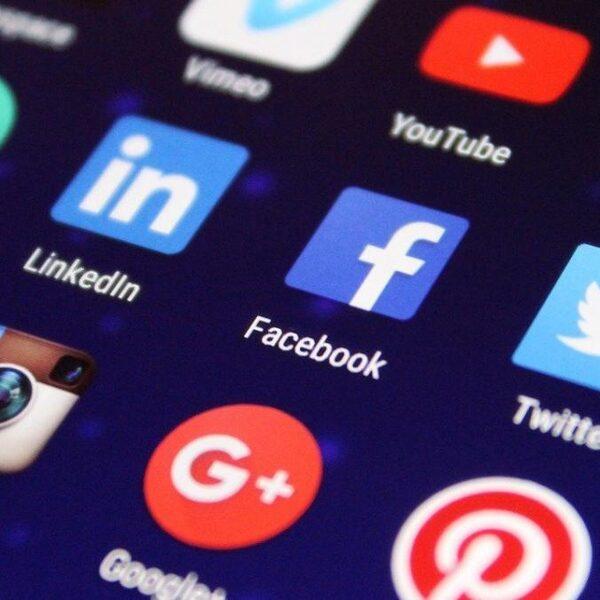 'Juist op sociale media moeten politici authentiek zijn'