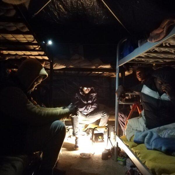 'Een corona-uitbraak in het kamp kan een fatale afloop hebben voor velen'