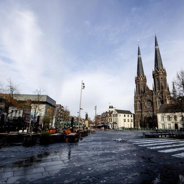 RIVM adviseert iedereen in Brabant met milde klachten: blijf thuis