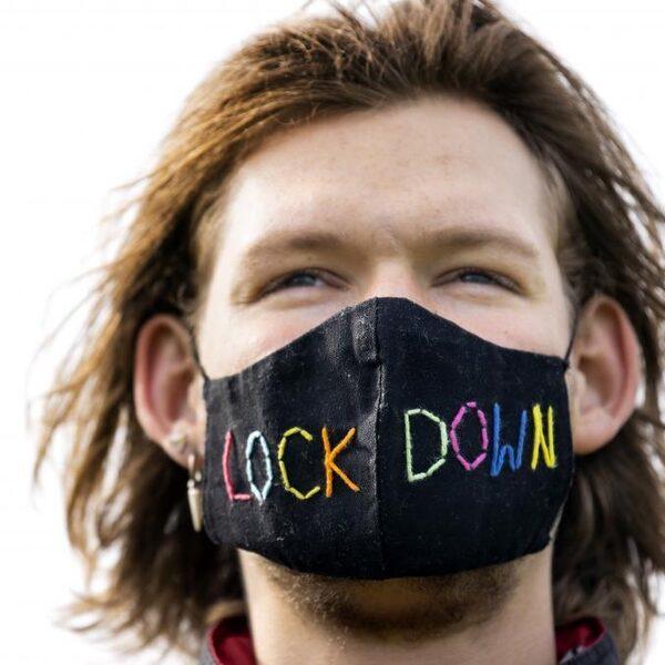 Inwoners van Bathmen gaan vrijwillig in 'intelligente lockdown'