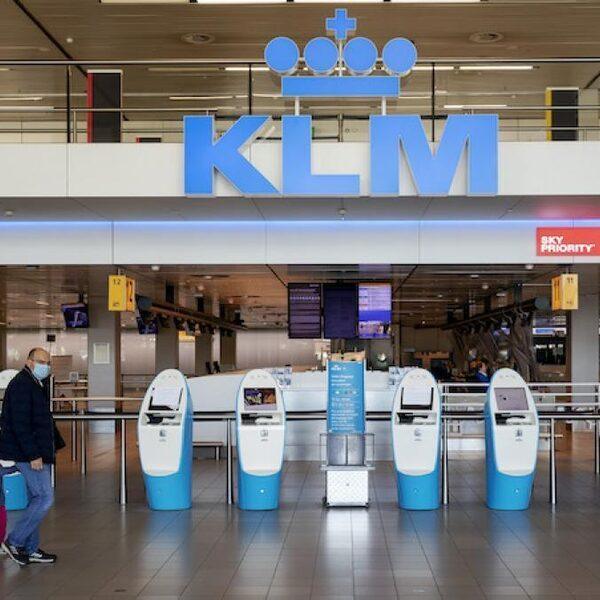 Consumentenbond: 'Kabinet moet garant staan voor luchtvaartvoucher'