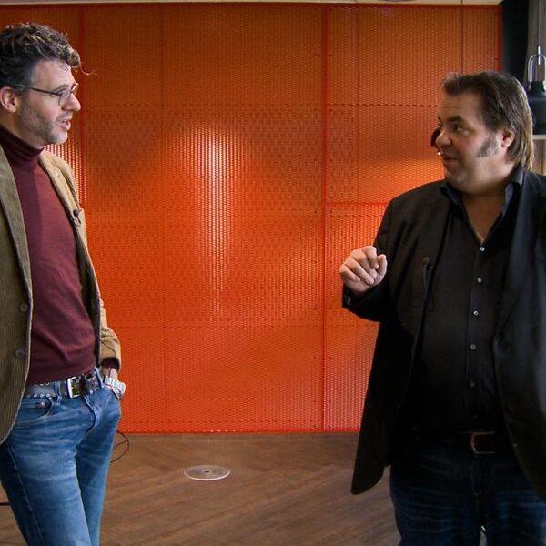 Bureau Sport: 'Chagrijnige Van Gerwen begint op Barney te lijken'