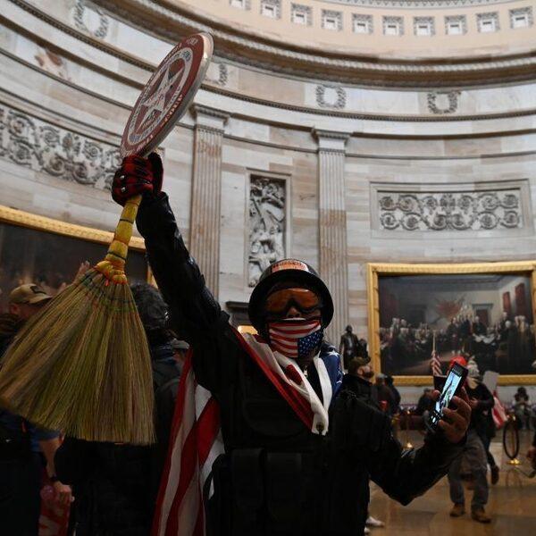 Bestorming Amerikaanse parlementsgebouw scherp veroordeeld