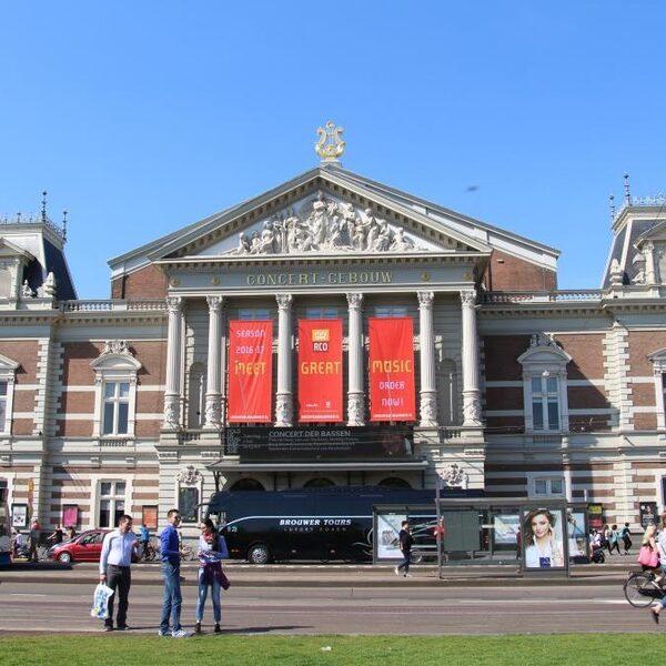 Het best bewaarde geheim van Amsterdam: de tuin van het Concertgebouw