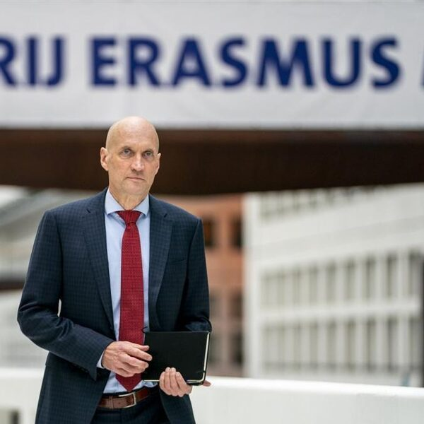 Ernst Kuipers: 'Coronatest moet sneller'