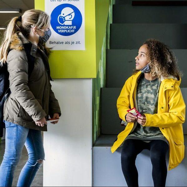 Pedagoog Micha de Winter: 'Niet evenementen of KLM, volledig openen onderwijs moet prioriteit zijn'