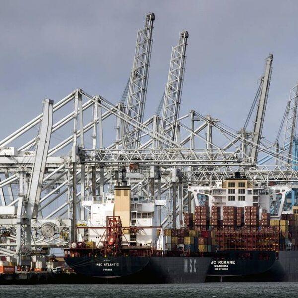 Wat is er aan de hand in de Rotterdamse haven?