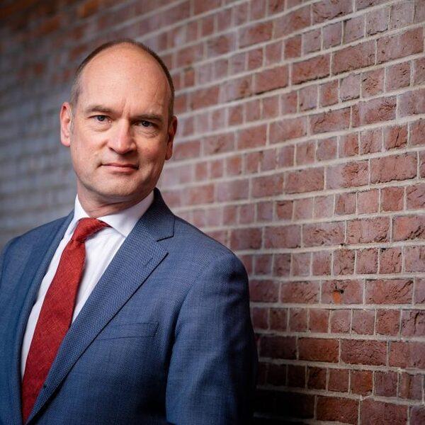 Segers (CU) wil een belastingdienst zonder 'karaktertrekken van een roversbende'