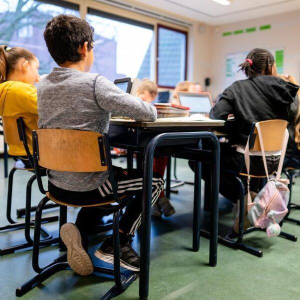 Noodopvang scholen en kinderopvang vol: 'De rek is eruit'