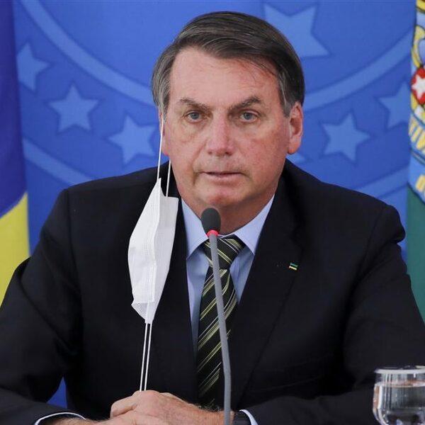 Ook Bolsonaro's eigen kameraden hebben genoeg van zijn coronabeleid