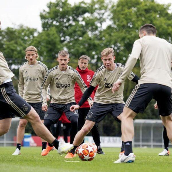 Sportpsycholoog over Ajax: 'Nu is er iets te verliezen'