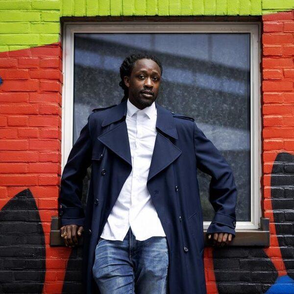 'Akwasi haalt de kern van zijn eigen boodschap onderuit'