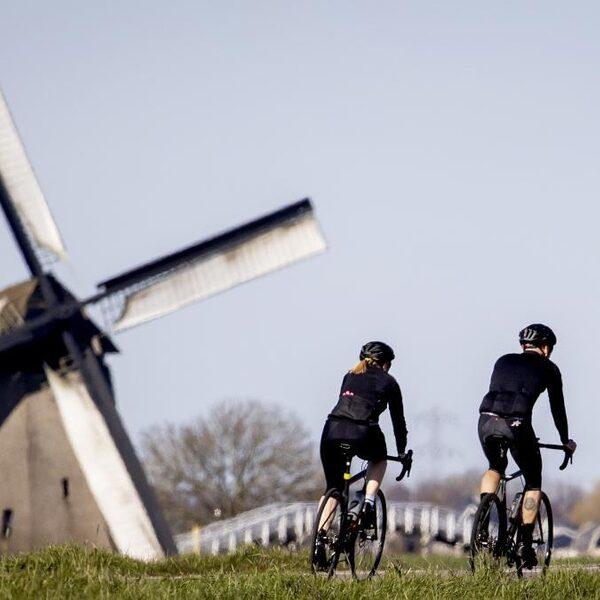 Belgische onderzoeker adviseert: blijf bij fietsen en lopen uit de slipstream
