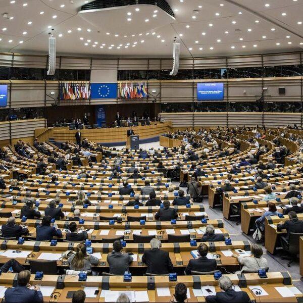 Eppink (JA21) en Piri (PvdA): Europese thema's lastig naar voren te brengen in campagne