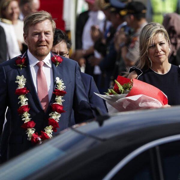 Koning Willem-Alexander biedt excuses aan voor geweldsontsporingen Indonesië