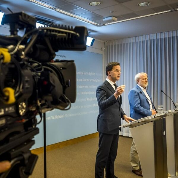 Stand.nl: De aangescherpte maatregelen tegen corona in Nederland wekken vertrouwen