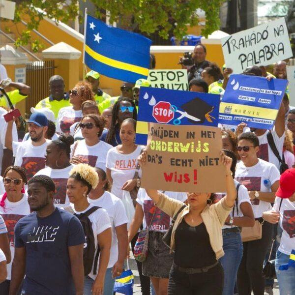 Cruciaal overleg met kabinet over lening aan Curaçao, Aruba en Sint-Maarten