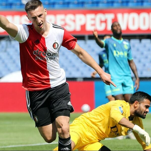 NOS Voetbalpodcast #107: 'Betere verdediging vergroot titelkansen Feyenoord'