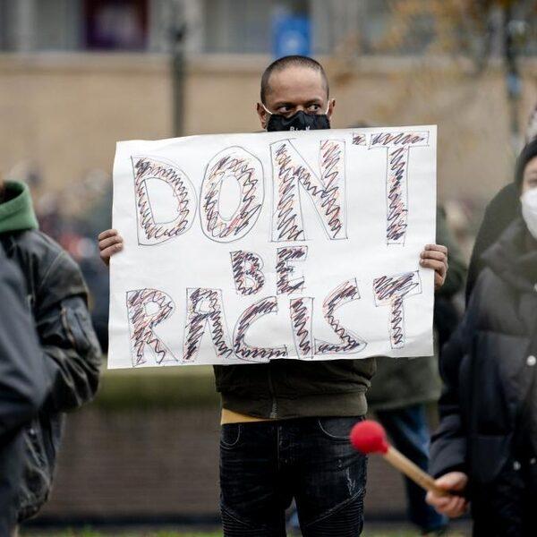 'Nationaal coördinator racisme en discriminatie op zichzelf kan niet alle problemen oplossen'