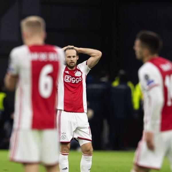Ajax uitgeschakeld in de Champions League na verlies tegen Valencia