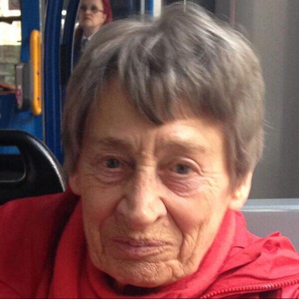 Lenie is al 86 jaar single en zou het niet anders willen