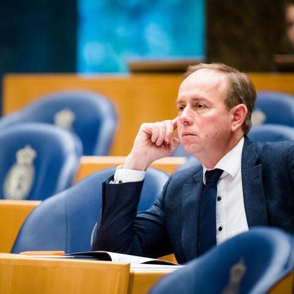 Van der Staaij (SGP): 'Ik steun geen baggerwet'