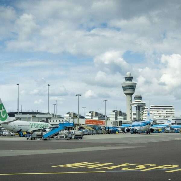 D66 en ChristenUnie willen nieuw onderzoek naar veiligheid groeiend Schiphol