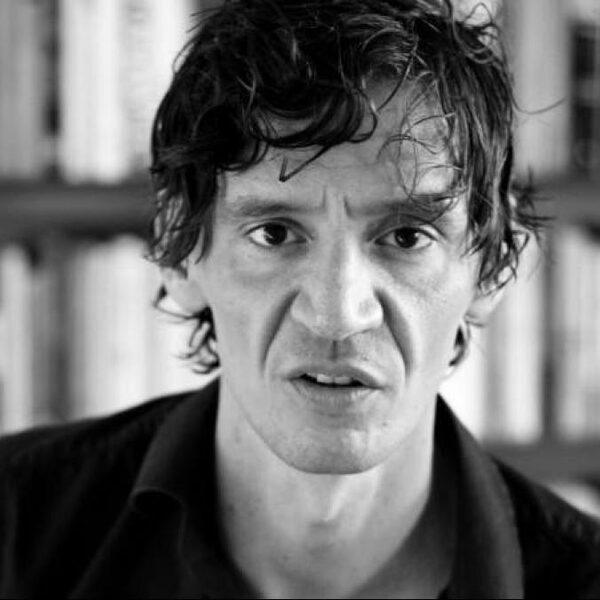 Peter Buwalda: 'Waar bestaat mijn leven nou eigenlijk uit?'