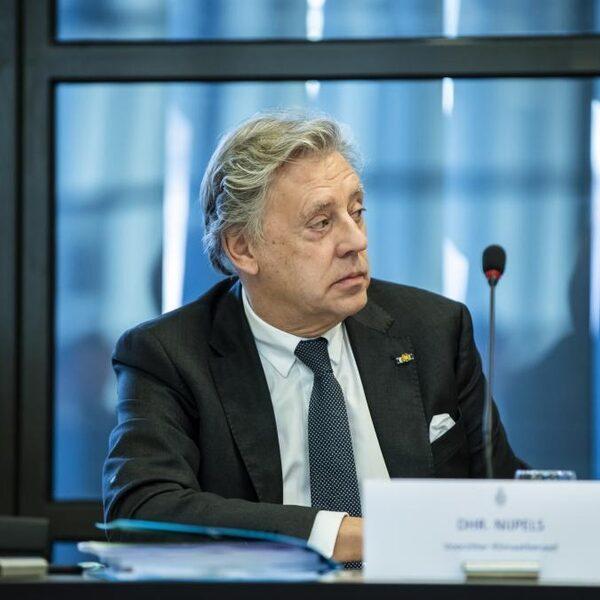Ed Nijpels: 'Stel groene voorwaarden aan staatssteun'