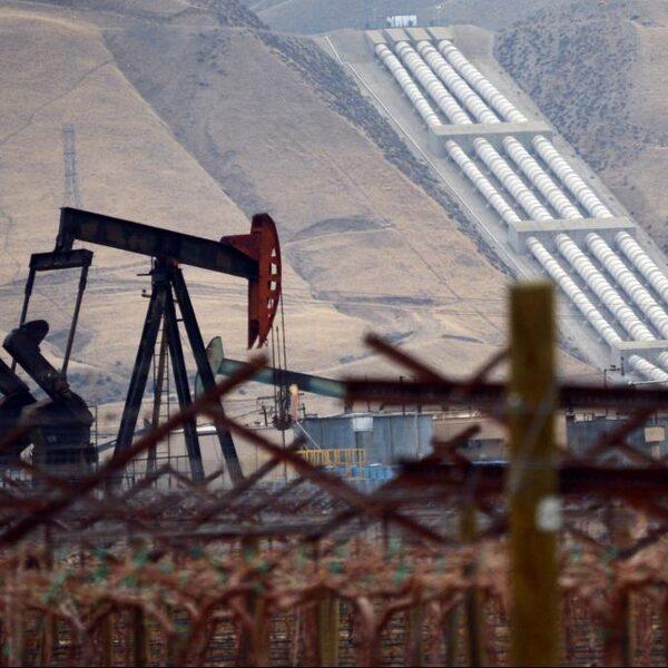 Olieproducerende landen bereiken akkoord over vermindering productie