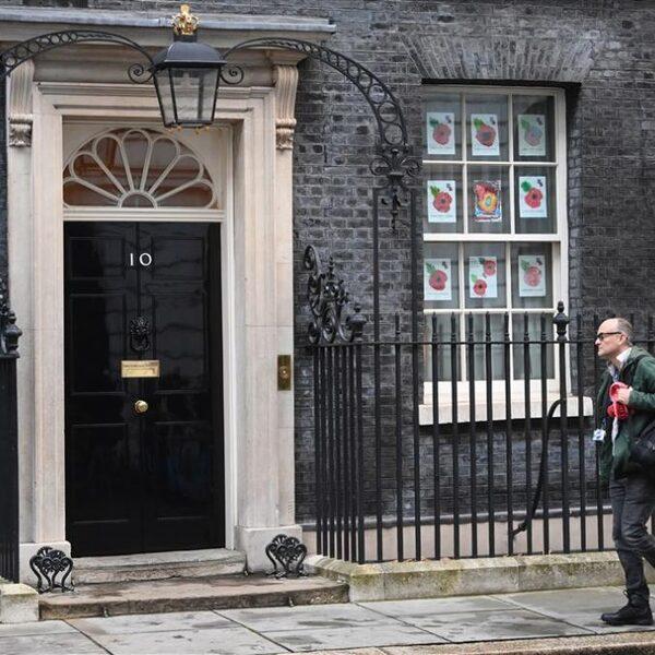 Podcast De Dag: 'Kwade genius' Dominic Cummings vertrekt uit Downing Street