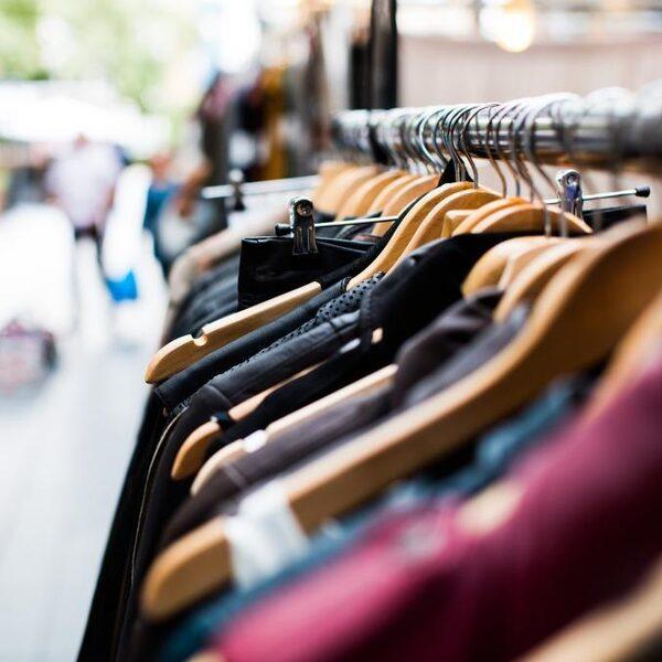'De kledingindustrie is een overduidelijk voorbeeld van ongeveer alles wat er mis is met onze consumptie'