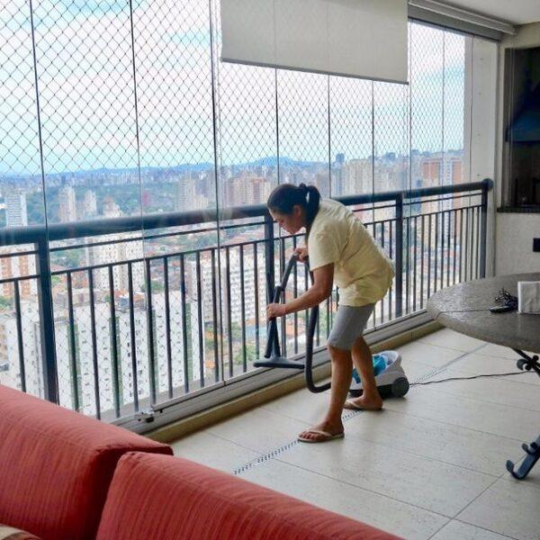 Blijven poetsen in door corona getroffen Brazilië